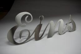 Edelstahl Hausnummer als Wort mit individuellen Schriftart